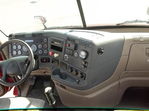FREIGHTLINER CASCADIA 132 WHOLE TRUCK FOR RESALE
