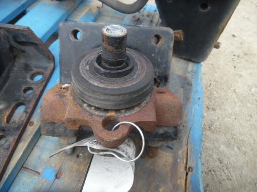 INTERNATIONAL 8600 Engine Mounts