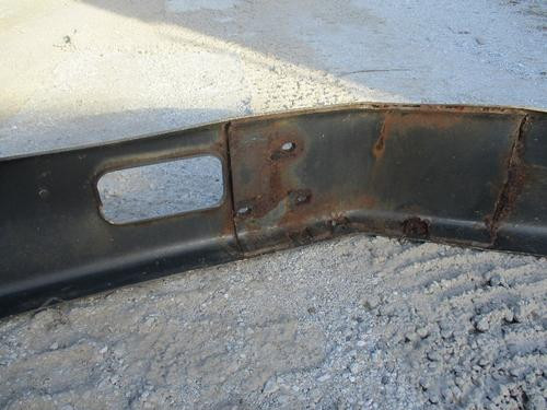 FORD L8000 Bumper Assembly, Front