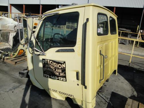 FORD AT9513 Cab