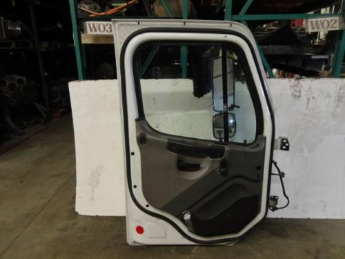 FREIGHTLINER M2 100 Door Assembly, Front