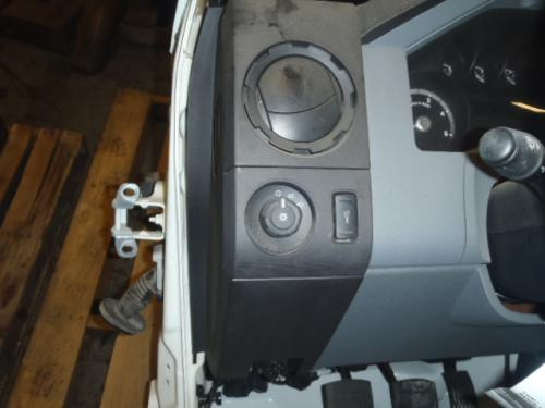 FORD F750SD (SUPER DUTY) Dash Assembly