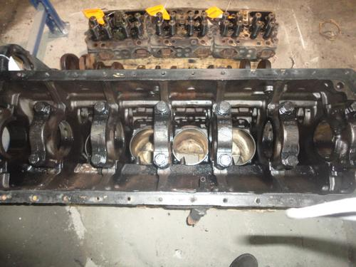CUMMINS N14 CELECT   310-370 HP Cylinder Block