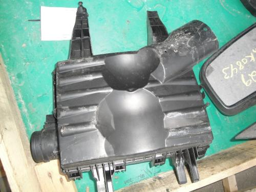 FREIGHTLINER SPRINTER 2500 Air Cleaner
