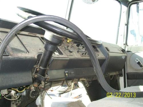 WHITE/GMC WIA Steering Column