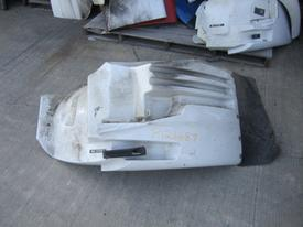 INTERNATIONAL 8600 (RIGHT HAND DRIVE) Fender Extension