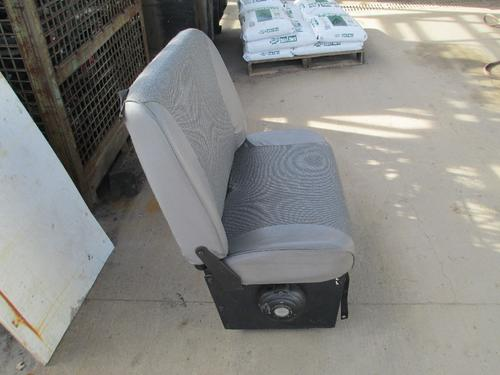 FORD L8501 Seat, Front