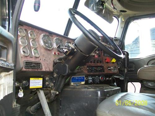INTERNATIONAL 9900I Steering Column