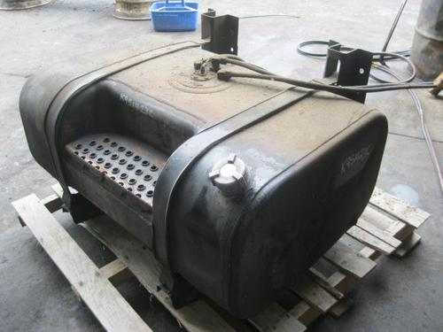 INTERNATIONAL 9100I Fuel Tank