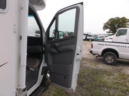 DODGE SPRINTER 3500 Door Assembly, Front