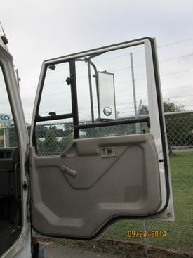MITSUBISHI FUSO FK417 Door Assembly, Front