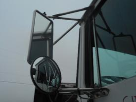 WHITE/GMC WG Mirror (Side View)