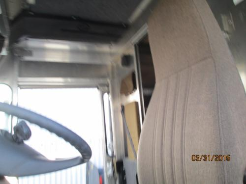 FREIGHTLINER MT-45 Seat, Front