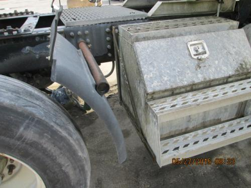 MACK CHN613 Tool Box