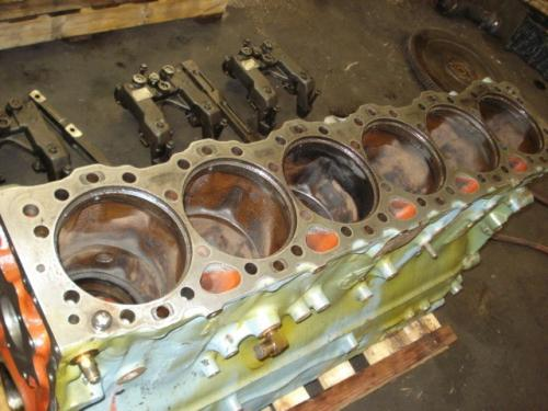 DETROIT 60 SERIES-11.1 DDC4 Cylinder Block