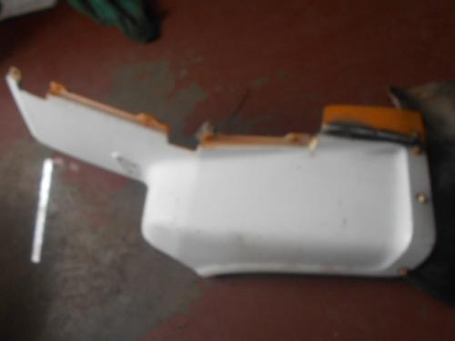 FORD L8000 Fender Extension