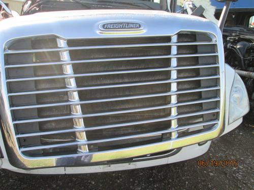 FREIGHTLINER CASCADIA 125 Grille