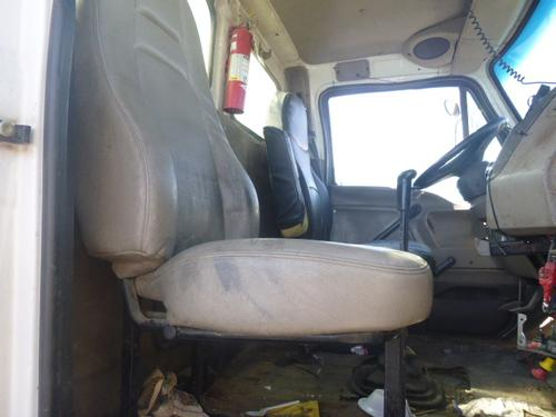 STERLING LT8500 Seat, Front