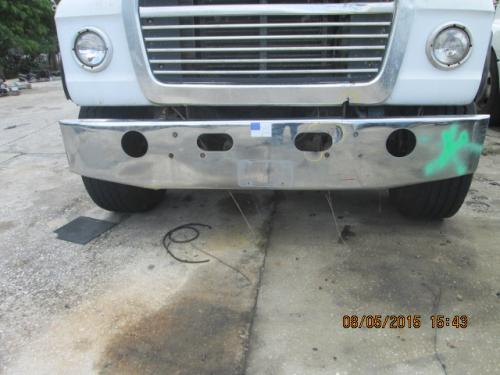 FORD LNT8000 Bumper Assembly, Front