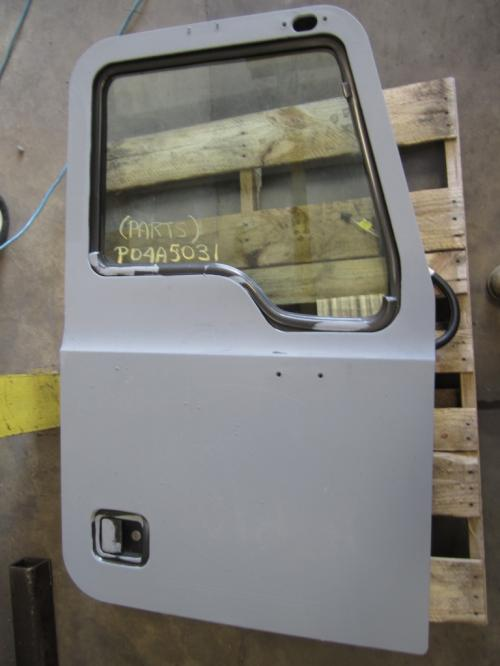 MACK CX612 Door Assembly, Front