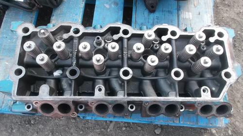 INTERNATIONAL VT365 Cylinder Head