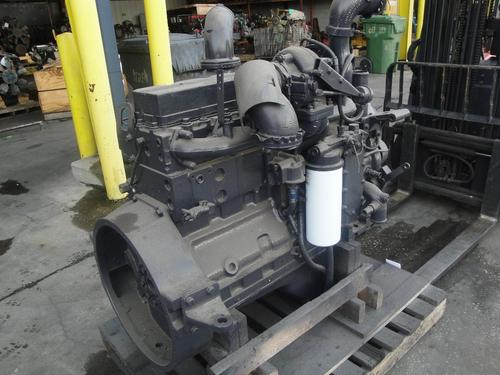 CUMMINS ISC-8.3 EPA 98 Engine Assembly