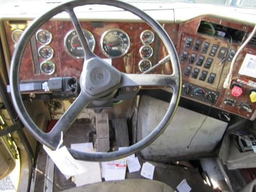 INTERNATIONAL 9400I Steering Column