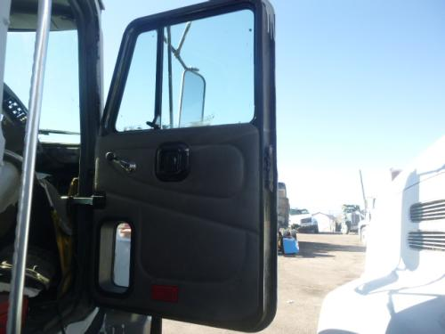 MACK CH612 Door Assembly, Front