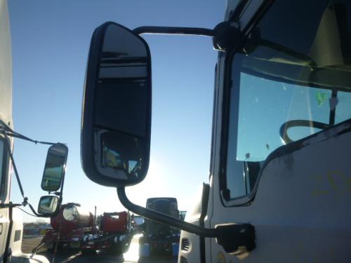 MACK CX612 Mirror (Side View)