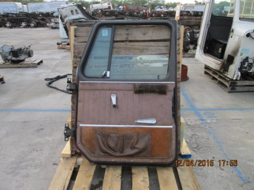INTERNATIONAL 1854 Door Assembly, Front
