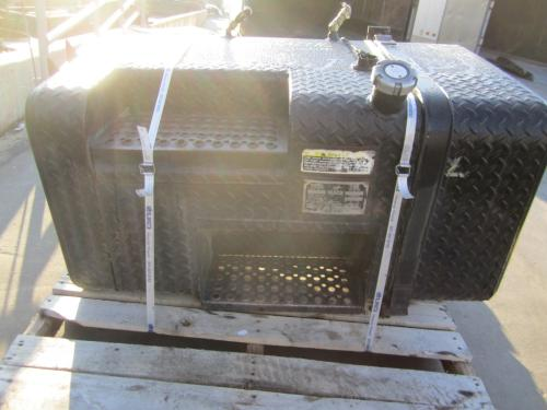 MACK DM688 Fuel Tank
