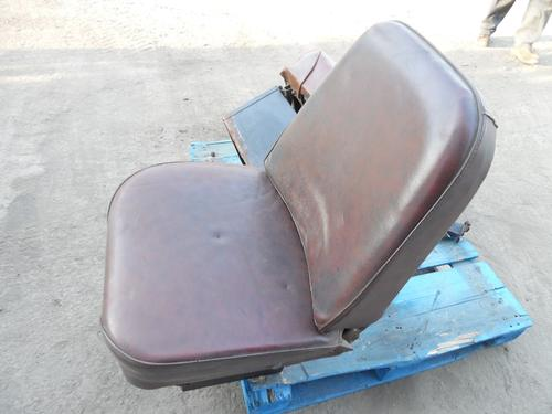 INTERNATIONAL 1754 Seat, Front