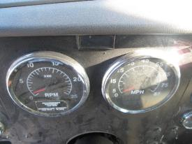 INTERNATIONAL 9100I Instrument Cluster