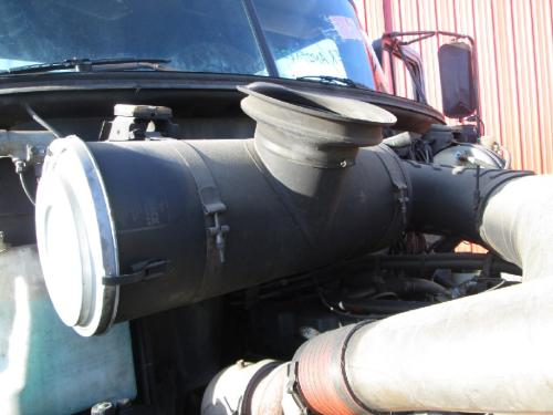 MACK CH612 Air Cleaner