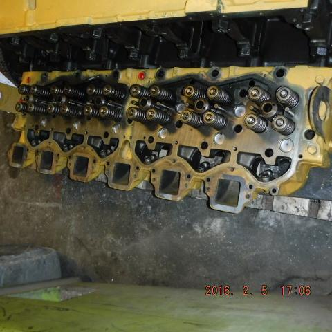 CAT 3406B-WJAC ABOVE 400 HP Cylinder Head