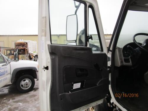 INTERNATIONAL 4300LP Cab