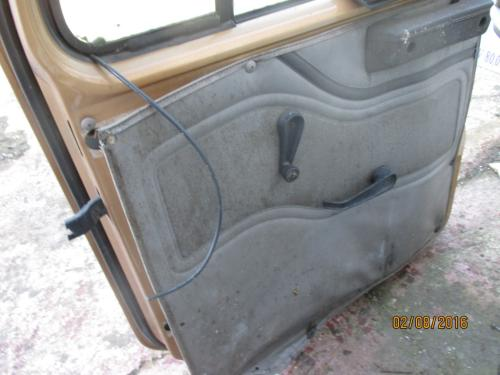 INTERNATIONAL 1552 Door Assembly, Front
