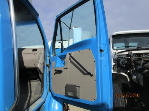 STERLING ACTERRA 6500 Cab