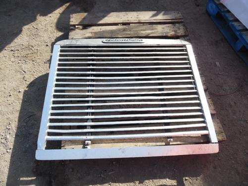 FREIGHTLINER FLD120 CLASSIC Grille