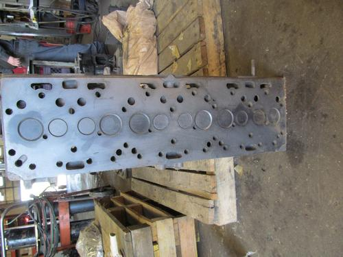 PERKINS 354 Cylinder Head