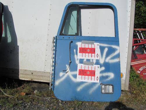FREIGHTLINER FLD Door Assembly, Front