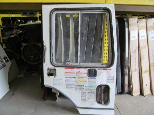 MACK MR600 SERIES Door Assembly, Front