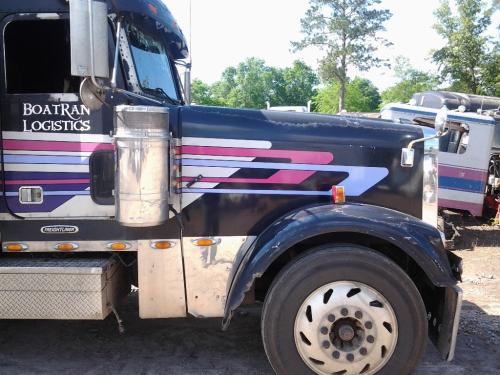 FREIGHTLINER FLD132T CLASSIC XL Hood