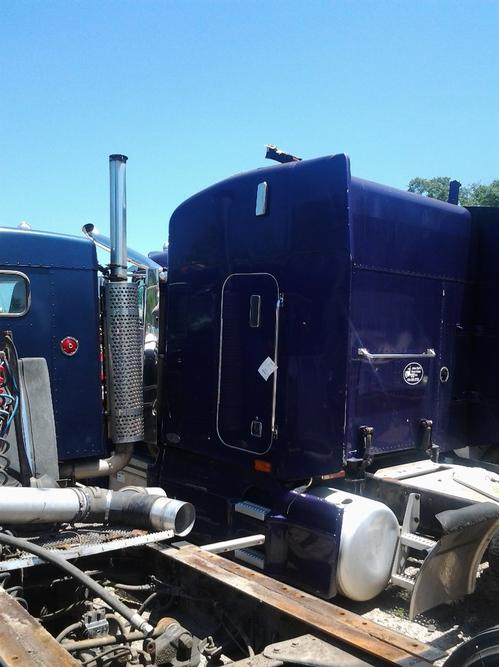 PETERBILT 377 Sleeper