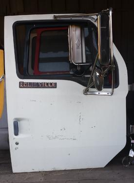 FORD L8501 LOUISVILLE 101 Door Assembly, Front