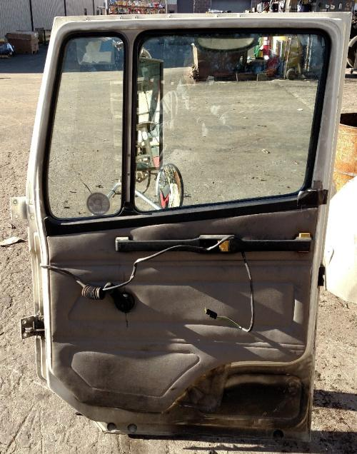 FREIGHTLINER FL80 Door Assembly, Front