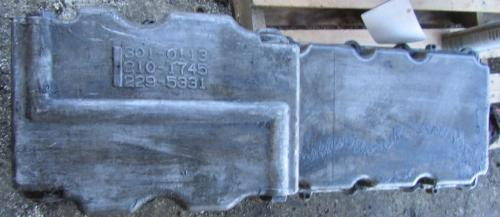 CAT C-13 Oil Pan