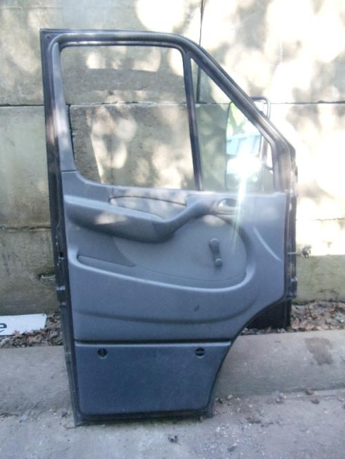 FREIGHTLINER SPRINTER 2500 Door Assembly, Front