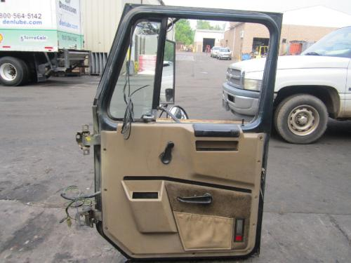 INTERNATIONAL 2574 Door Assembly, Front