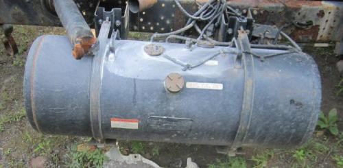 UD TRUCK UD1400 Fuel Tank